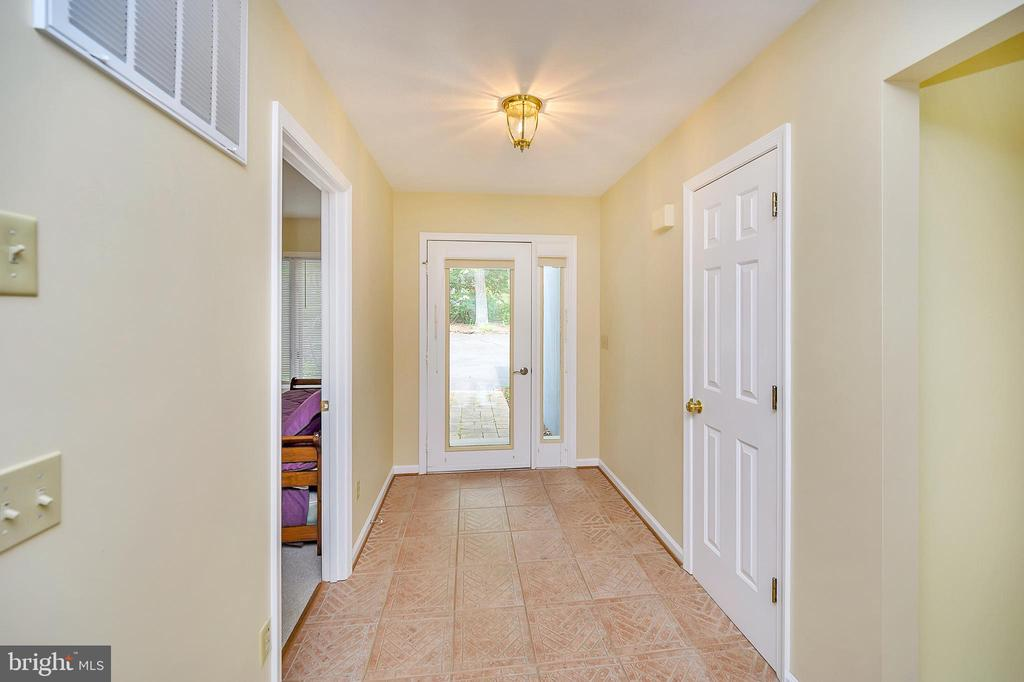 Entryway as seen from the Great Room - 109 INDIAN HILLS RD, LOCUST GROVE