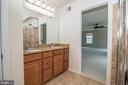 Master Bathroom Dual Vanities - 31 RUNYON DR, STAFFORD