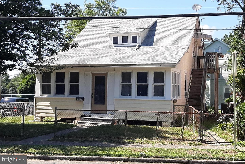 Duplex Homes pour l Vente à Beverly, New Jersey 08010 États-Unis