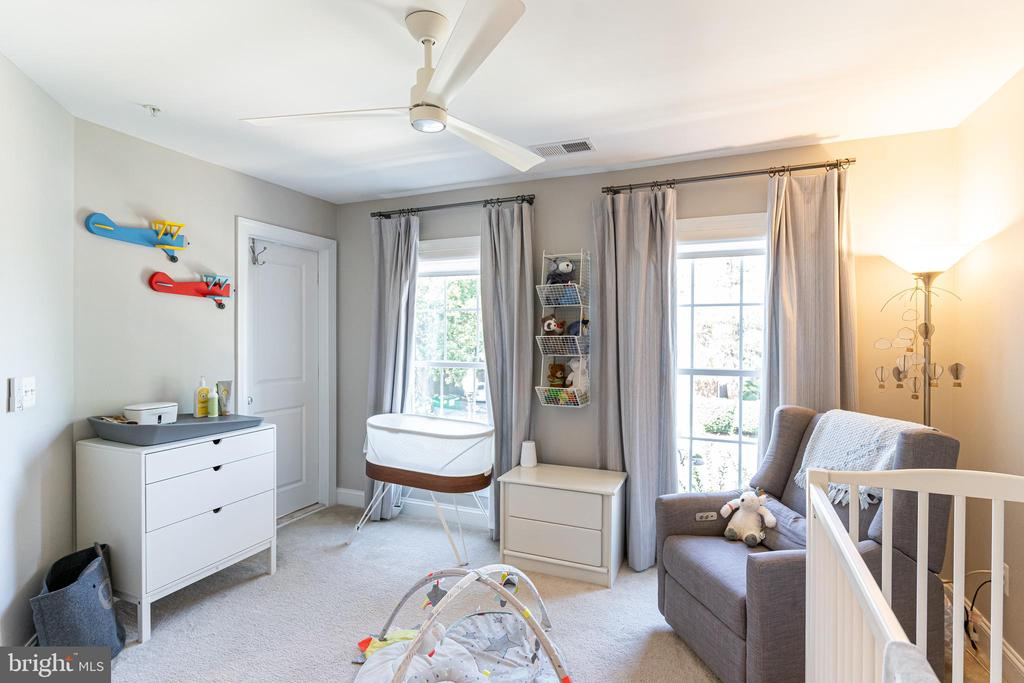 Baby room, second bedroom, office space - 1011 N KENSINGTON ST, ARLINGTON