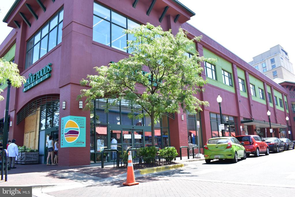 Downtown Silver Spring - Whole Foods - 1320 FENWICK LN #401, SILVER SPRING