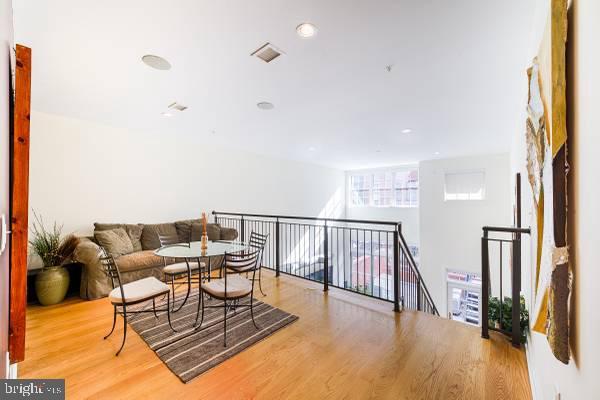 Upper Floor Loft area - 1700-D CLARENDON BLVD #141, ARLINGTON