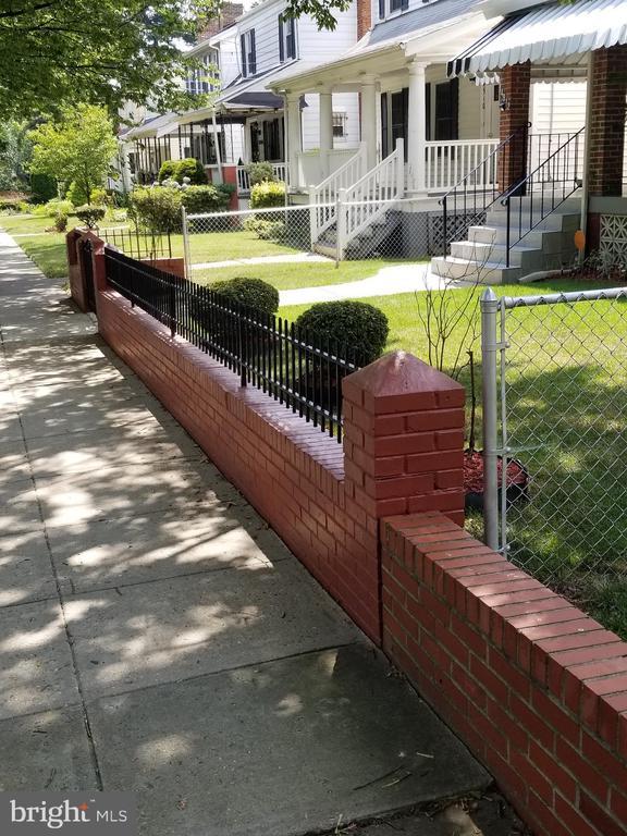 Front fence - 4912 ARKANSAS AVE NW, WASHINGTON
