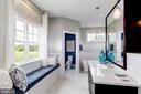 Master Bathroom - 789 WHITE ELM, ALDIE