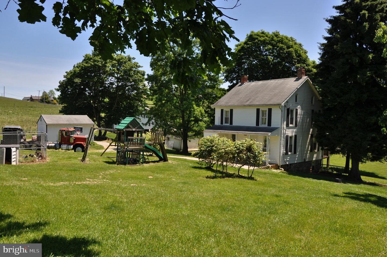 Single Family Homes 为 销售 在 Glenville, 宾夕法尼亚州 17329 美国