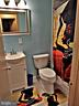 Updated hall bath. - 7615 FONTAINEBLEAU DR #2124, NEW CARROLLTON