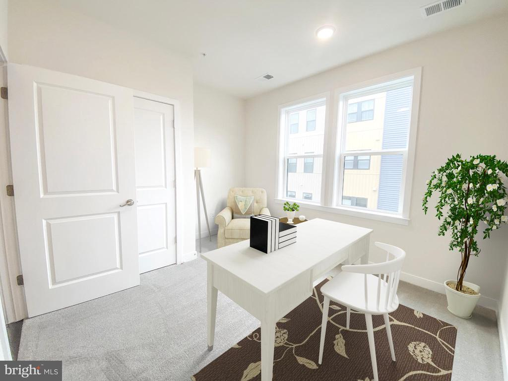 Secondary bedroom could be used as an office - 43091 WYNRIDGE DR #301, BROADLANDS