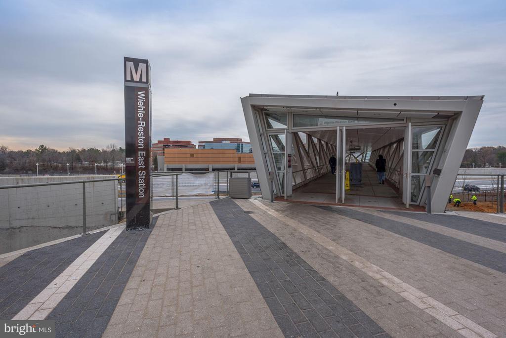 Wiehle Metro Stop.  Reston Town Center Stop Soon - 12197 CHANCERY STATION CIR, RESTON