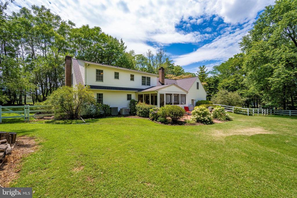 Rear of house - sits on over 3 acres - 8707-A N PACIFIC CT, MIDDLETOWN