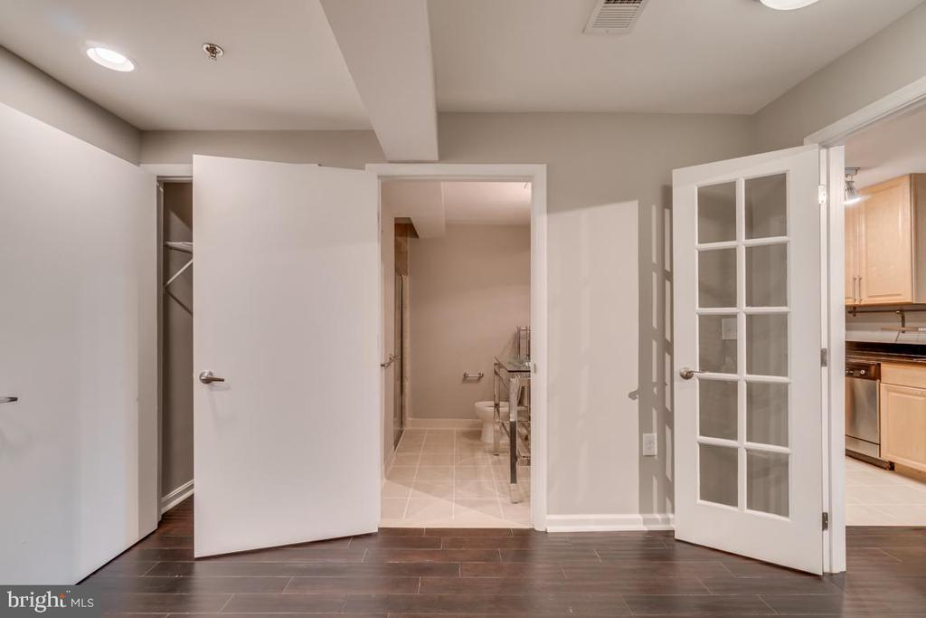 Office, Guest Room, or Workout Room Full-Bathroom - 1201 EAST WEST HWY #3, SILVER SPRING