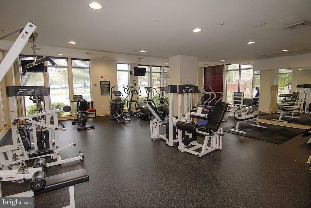 Fitness Center in main common area. - 9480 VIRGINIA CENTER BLVD #117, VIENNA