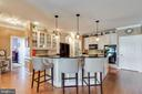 Open Kitchen with Large Island - 38235 MILLSTONE DR, PURCELLVILLE
