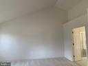 Master bedroom with vaulted ceiling - 13388 CABALLERO WAY, CLIFTON