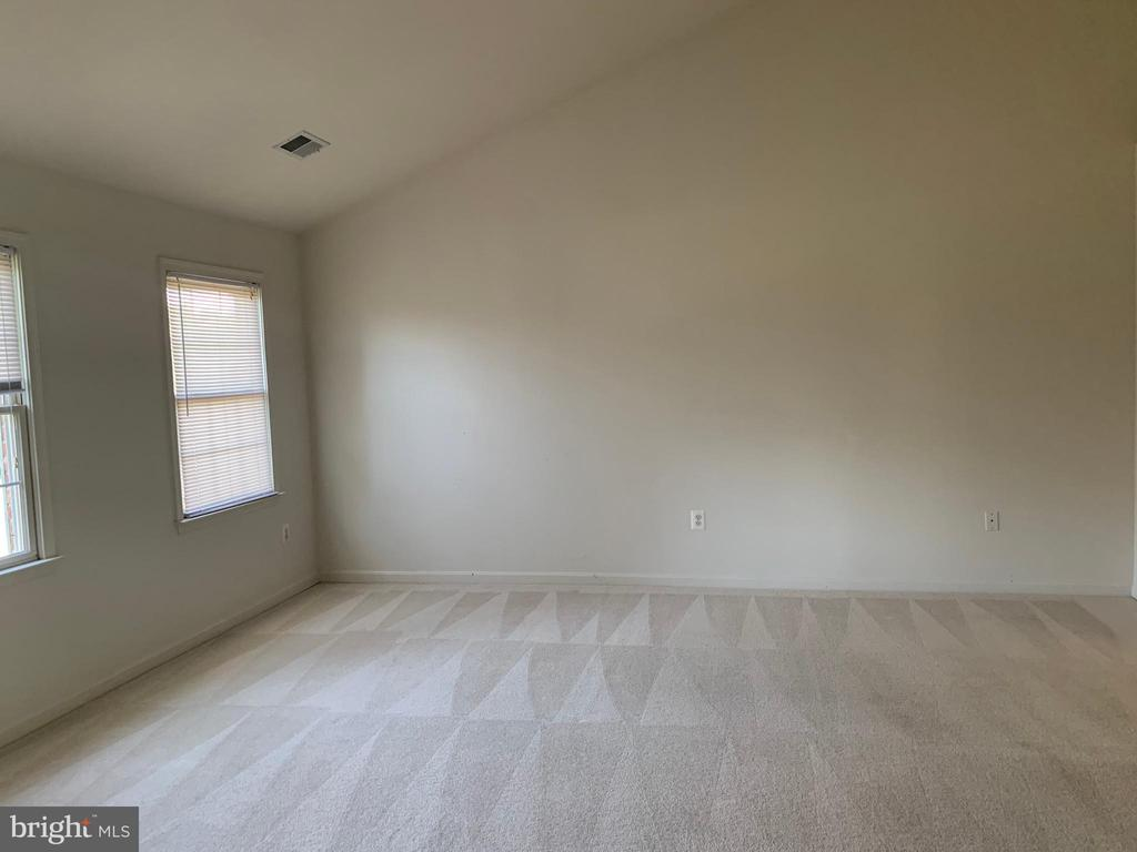 Master bedroom - 13388 CABALLERO WAY, CLIFTON