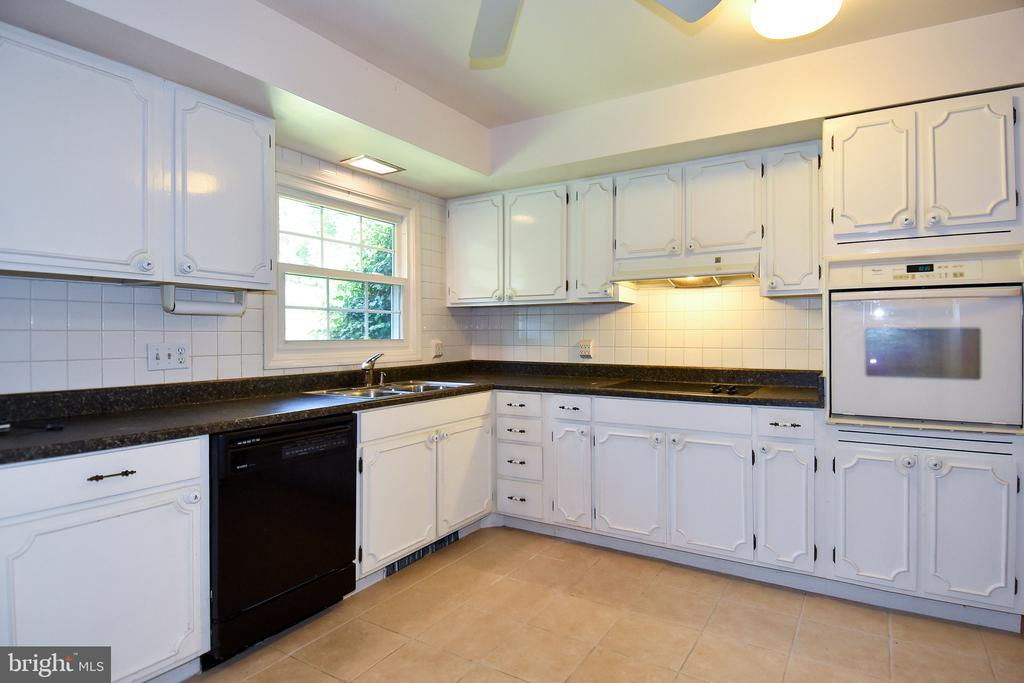 Kitchen - 222 OLDE CONCORD RD, STAFFORD