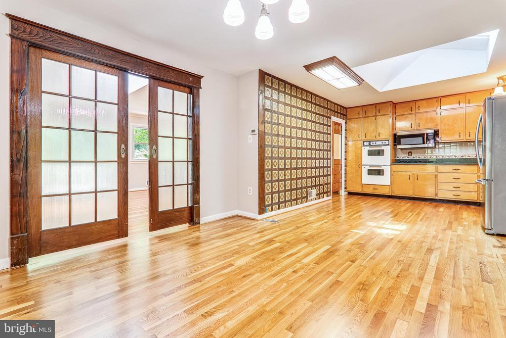 Pocket Doors to Kitchen/Dining Room - 6811 WINTER LN, ANNANDALE