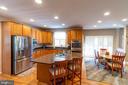 kitchen - 1302 WANETA CT, ODENTON