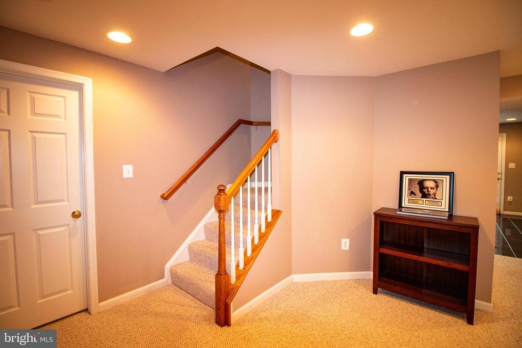 finished basement - 1302 WANETA CT, ODENTON