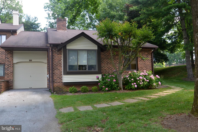 Single Family Homes للـ Sale في Chesterbrook, Pennsylvania 19087 United States