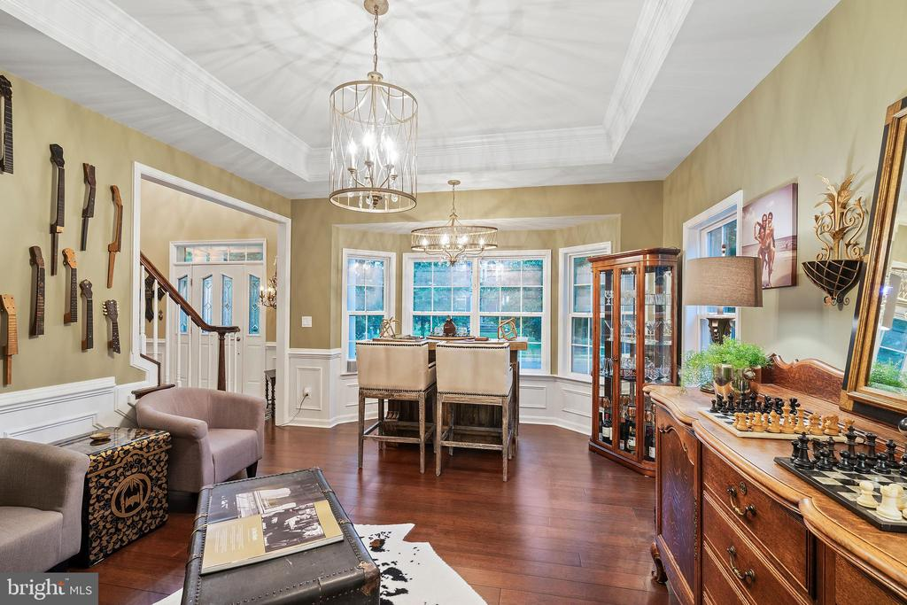Gorgeous Living Room - 42050 MIDDLEHAM CT, ASHBURN