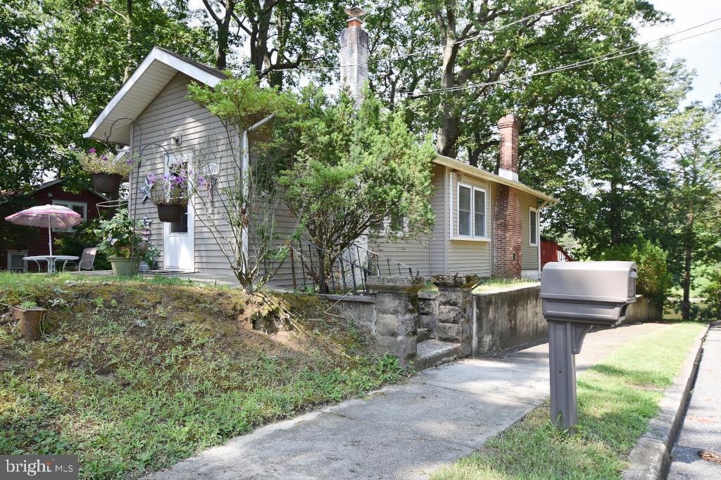 Single Family Homes pour l Vente à Deptford Township, New Jersey 08096 États-Unis