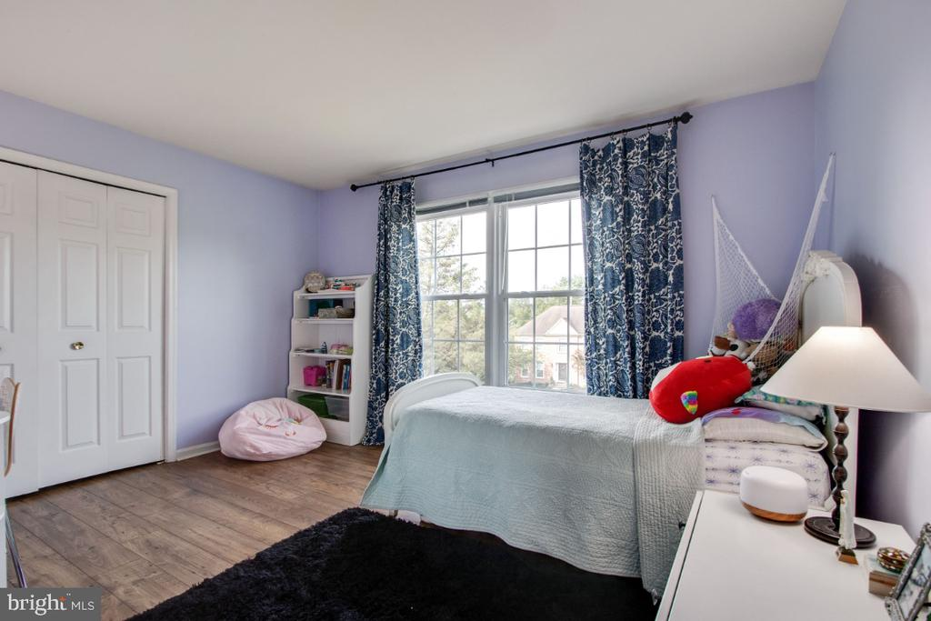 5th Bedroom on upper level - 20400 ALTAVISTA WAY, ASHBURN
