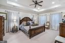 Master Bedroom with lots of Sunlight - 42050 MIDDLEHAM CT, ASHBURN