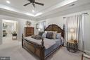 Gorgeous & Spacious Master Bedroom - 42050 MIDDLEHAM CT, ASHBURN