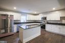 Gourmet Kitchen - 1575 GROOMS LN, WOODSTOCK