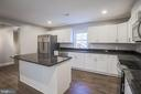 Large kitchen with Island - 1575 GROOMS LN, WOODSTOCK