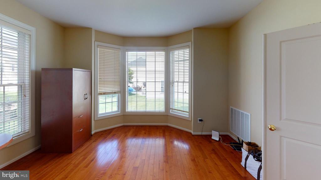 Main level office space - 1410 MACFREE CT, ODENTON