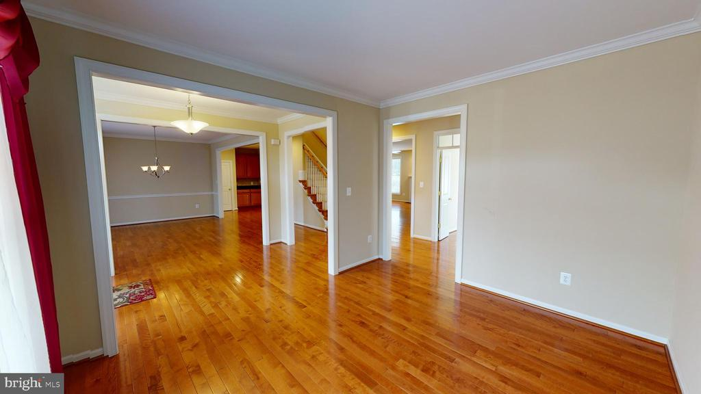 Front formal living room - 1410 MACFREE CT, ODENTON