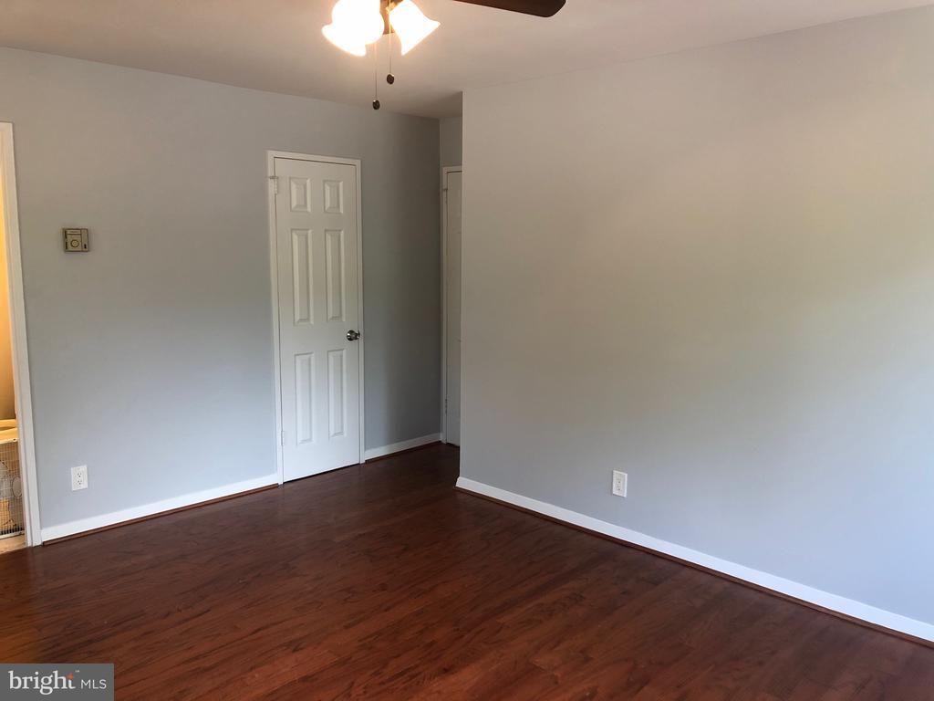 bedroom. - 1900 LYTTONSVILLE RD #306, SILVER SPRING