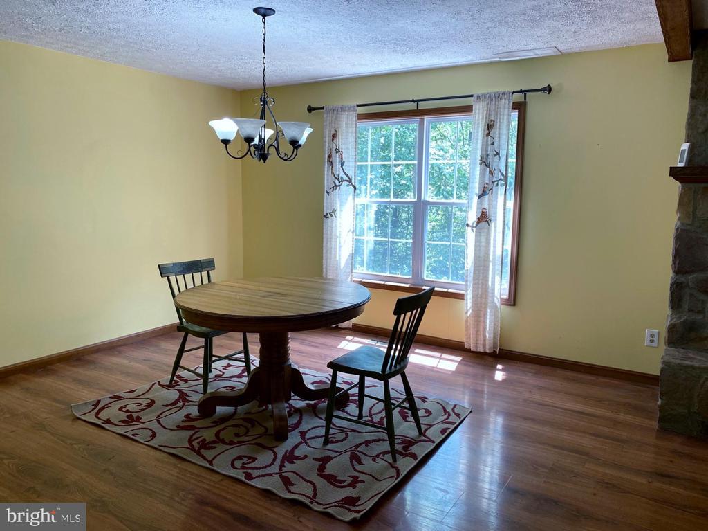 Dining Room - 544 WHITE PINE LN, BOYCE