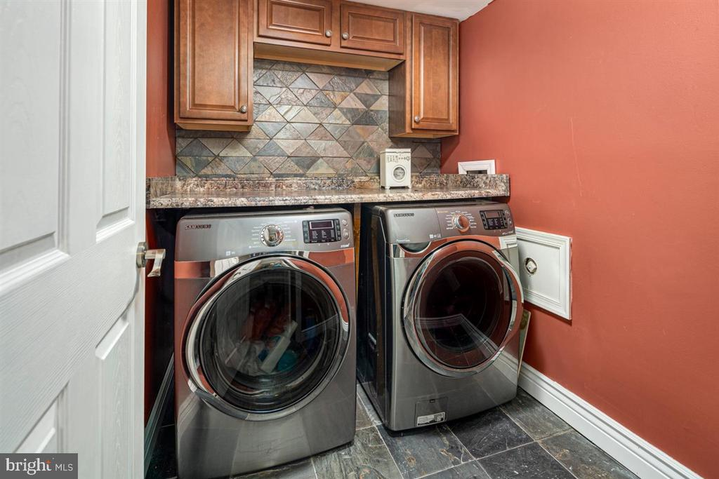 LOWER LEVEL LAUNDRY ROOM - 1007 JOHN PAUL JONES DR, STAFFORD