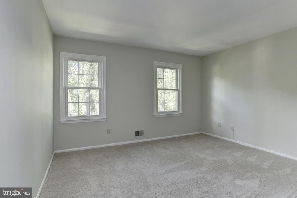 Bedroom 2 - 8843 APPLECROSS LN, SPRINGFIELD