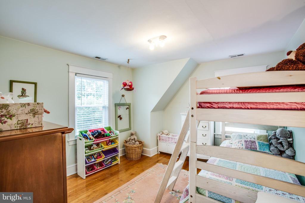 Upper Level Bedroom #2 - 809 MORTIMER AVE, FREDERICKSBURG