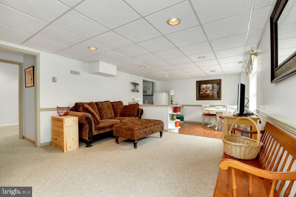 Basement suite - 4406 REDROSE, MIDDLETOWN