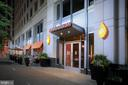 Dining options at Liberty Center - 888 N QUINCY ST #1506, ARLINGTON