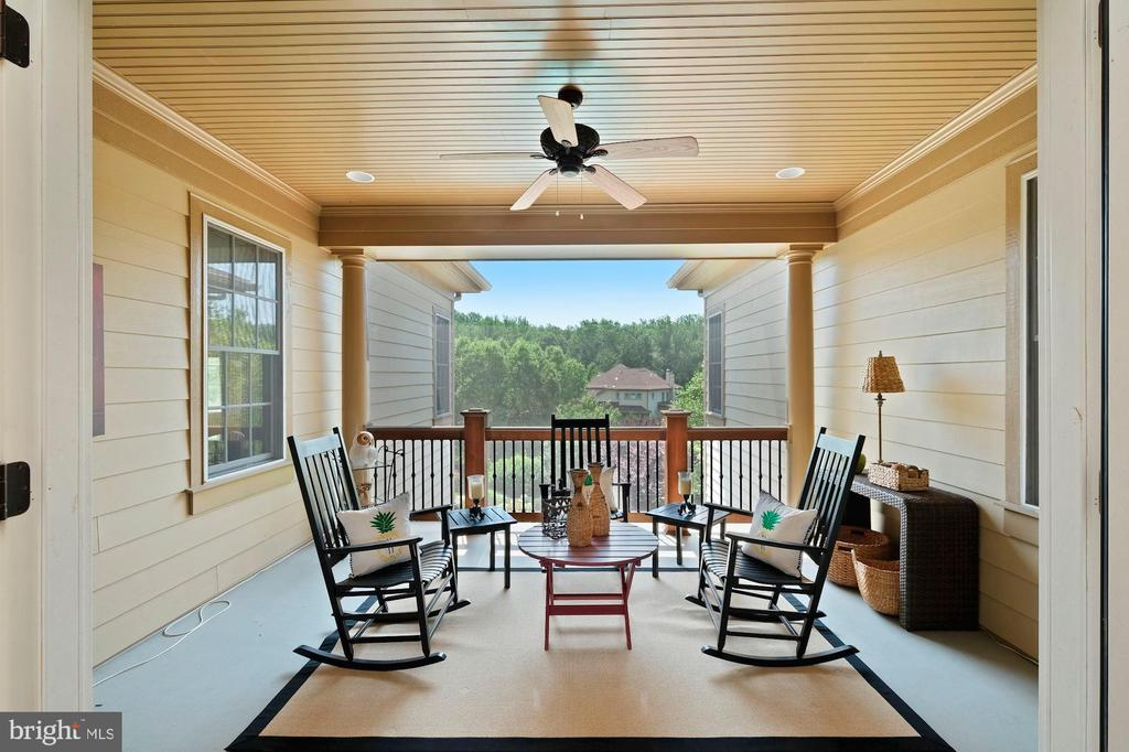 upper level screened terrace - 11215 KINSALE CT, ELLICOTT CITY