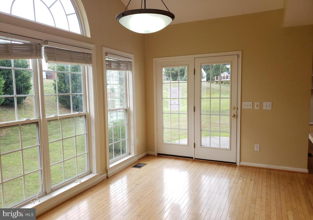 Morning Room - 208 WHISPERING WOODS PL, GORDONSVILLE