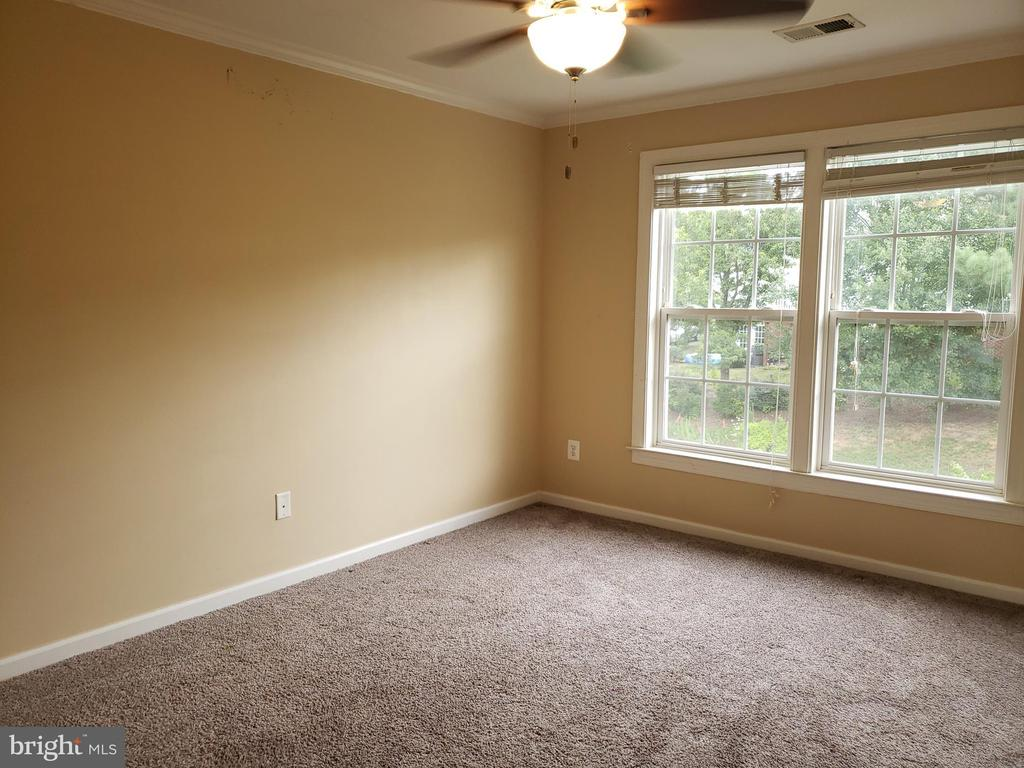 Bedroom 2 - 208 WHISPERING WOODS PL, GORDONSVILLE