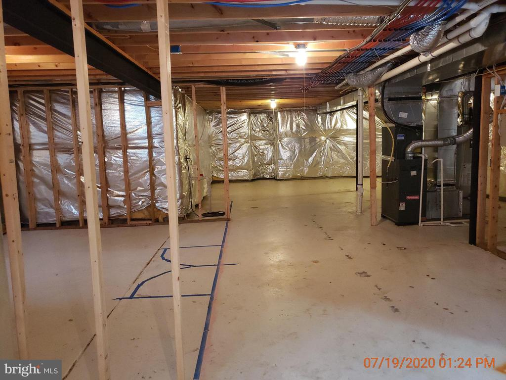 Unfinished basement - 208 WHISPERING WOODS PL, GORDONSVILLE