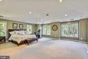 Recessed lighting, cathedral ceiling, beige carpet - 840 ELDEN ST, HERNDON