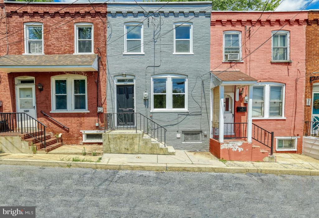 325 GROFF AVE, Lancaster PA 17603