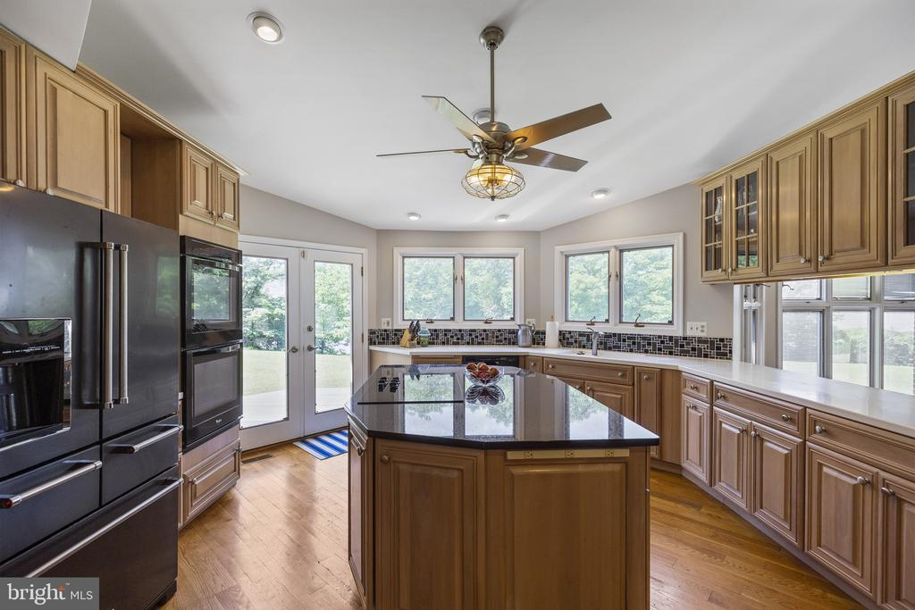 - 3580 DEEP LANDING RD, HUNTINGTOWN