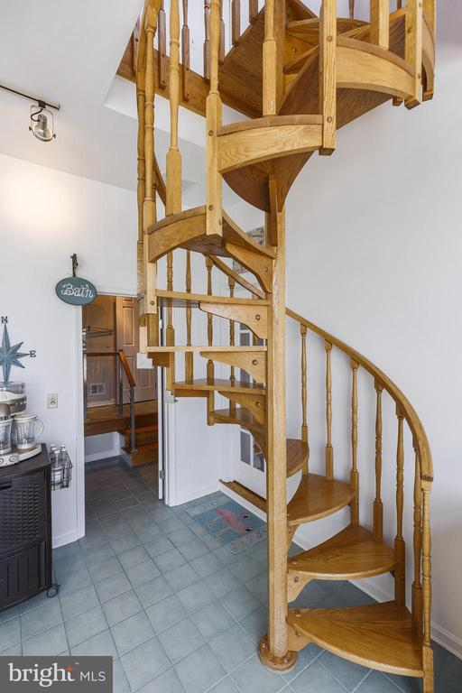 Extra stairs to upper level and balcony - 3580 DEEP LANDING RD, HUNTINGTOWN