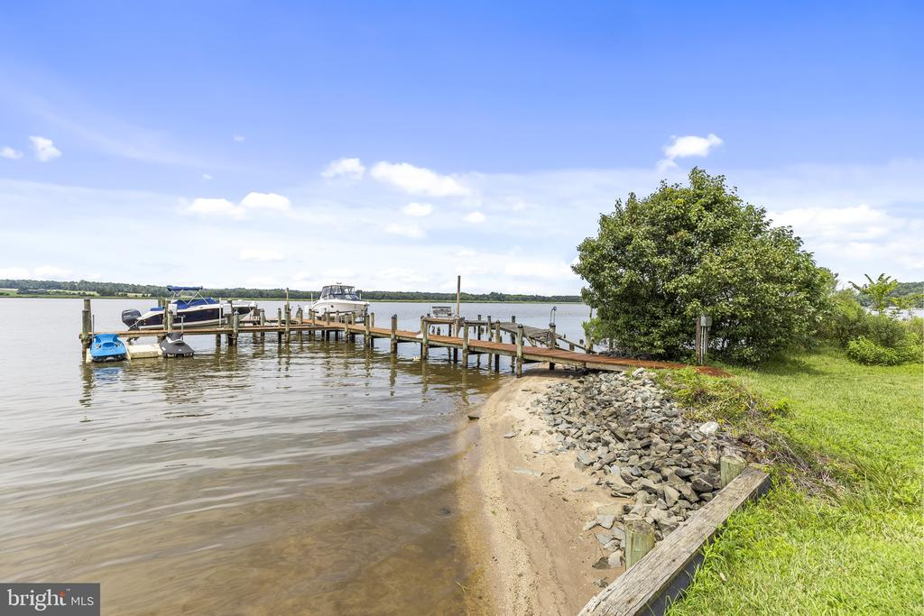 Private beach line - 3580 DEEP LANDING RD, HUNTINGTOWN
