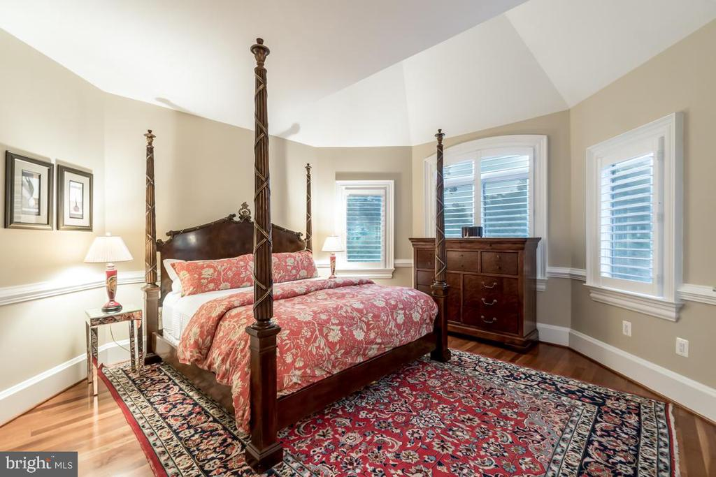 Upstairs bedroom #1 - 15330 RIDING CLUB DR, HAYMARKET