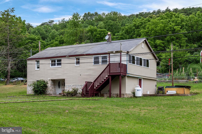 Single Family Homes pour l Vente à Danville, Pennsylvanie 17821 États-Unis